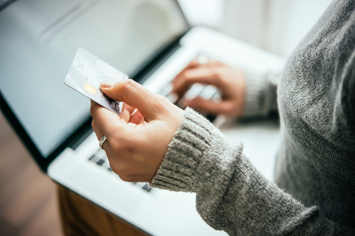 woman-shopping-online-credit-card